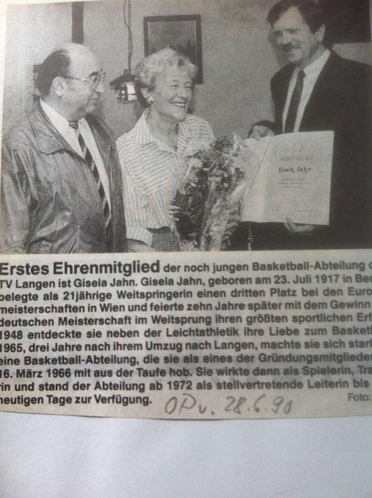 25.Saison1990-91-Gisela-Jahn-Ehrenmitglied-750