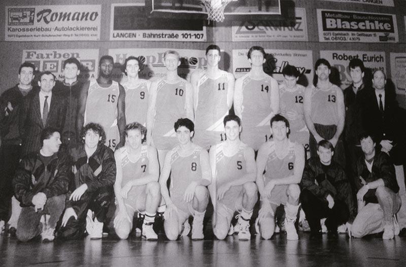 26_Saison_91-92_He-Team_und_Helfer_s