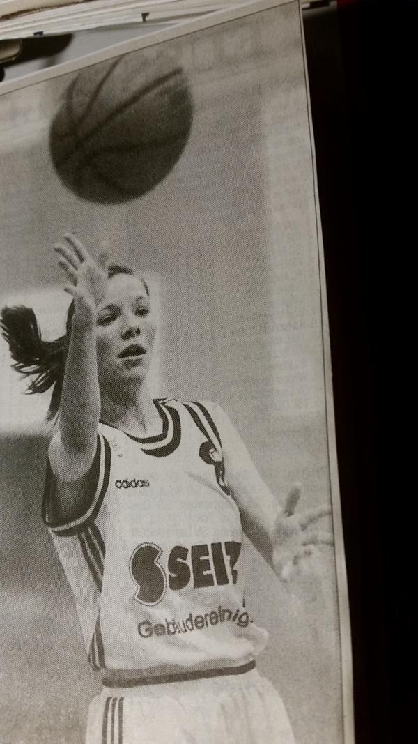 34.-3 Saison, 1999-00, Silke Heger immer in action