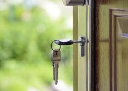 DRINGEND! Wohnung oder Gastfamilie in Langen gesucht!