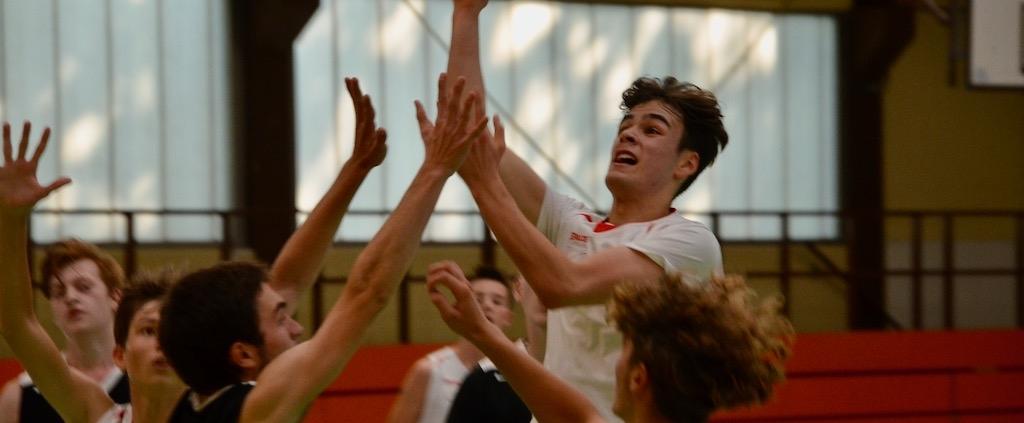 U18-Jungen mit Sieg und Niederlage